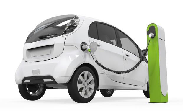 Auto elettriche, a rilento le installazioni delle colonnine